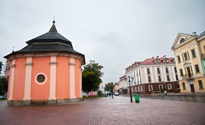 Каменец-Подольский - город-музей под открытым небом