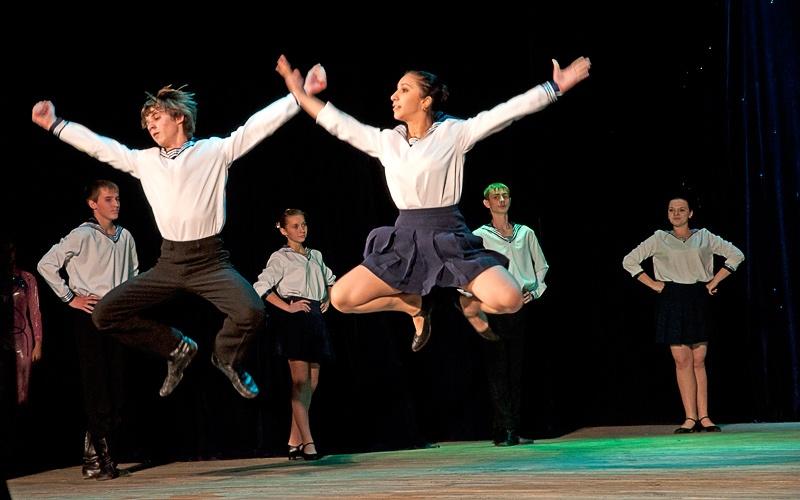 «Матросская пляска» - Образцовый ансамбль народного танца «калинка» (г. Джержинск)