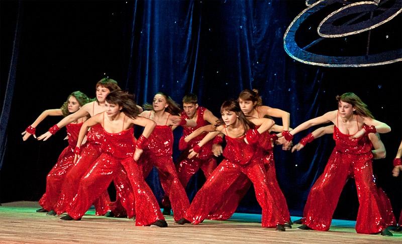 «Увертюра» - шоу-балет «Дюнола» (г. Часов Яр)