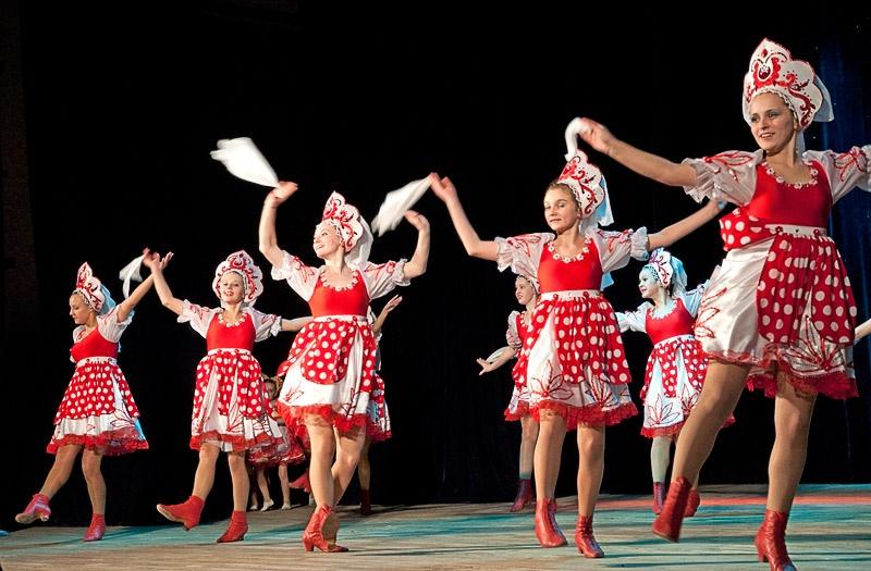 «Русская плясочка» - Образцовый ансамбль танца «Веселка» (пос. Пантелеймоновка)