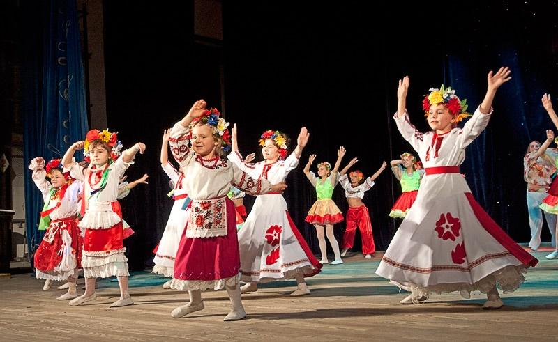 «Дiвчина калина» - детский хореографический коллектив «Задоринки» (г. Часов Яр)