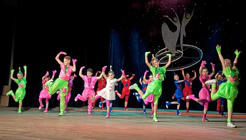 «Непоседы» - ансамбль современного танца «Максимум» (г. Красноармейск)