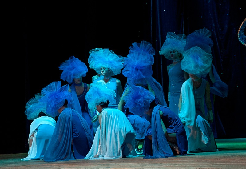 «Симфония волны» - Образцовый ансамбль современного танца «Калейдоскоп» (г. Донецк)