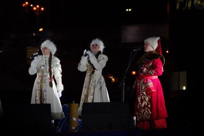 Новорічна ялинка засвітилася у Києві