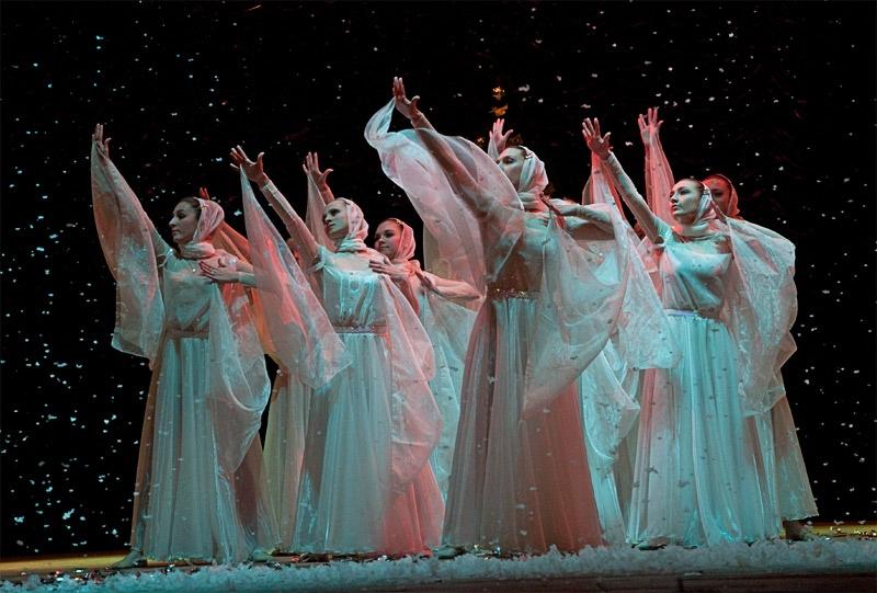 «Сокровище духовное» - хореографическая композиция в исполнении ансамбля современного танца «Максимум»