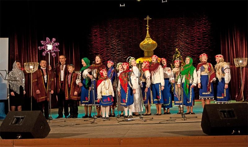 Хор воскресной школы при храме Святого Амвросия г. Доброполья