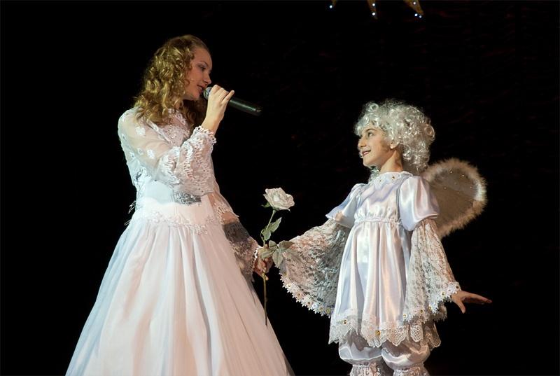 «Ангел летит» - Олеся Черкасова, вокальная студия «Свирель»