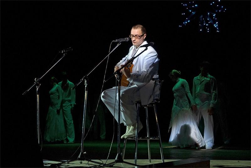 «Птицы» - Роман Сапрыкин, вокальная студия «Свирель» и образцовый ансамбль бального танца «Эдельвейс»