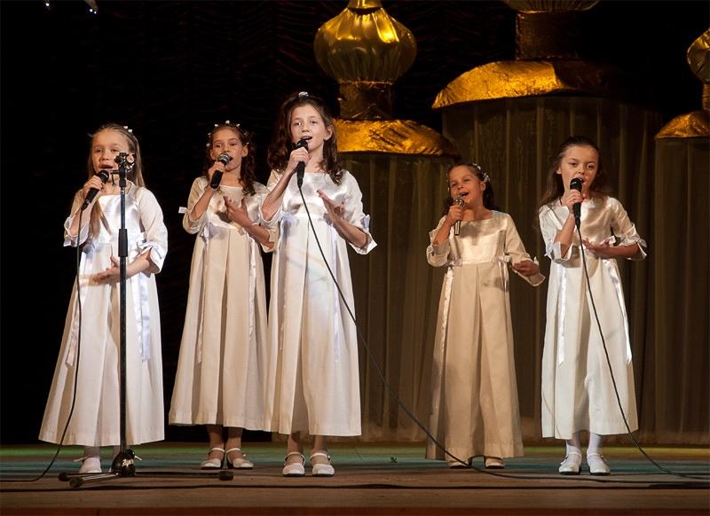 «Дружная семья» - младшая группа вокального ансамбля «Свирель»