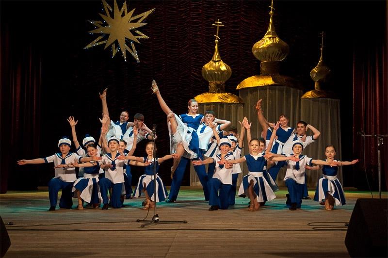 «Веселые ребята» - образцовый ансамбль бального танца «Эдельвейс»
