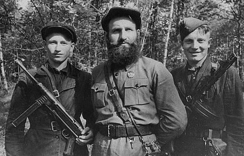 Партизаны Брянщины. Фотограф Борис Игнатович