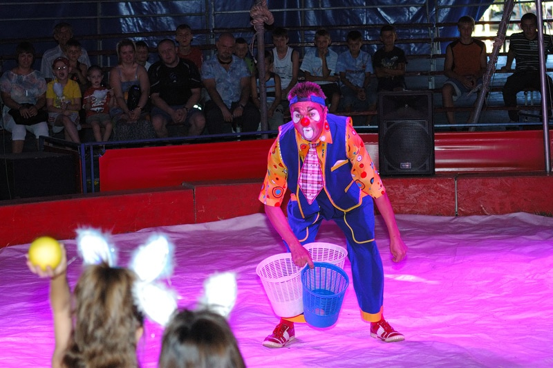 "Цирк-шапито ""Олимп"" с программой «Империалъ шоу» в Красноармейске. Фото Сергей Томас"