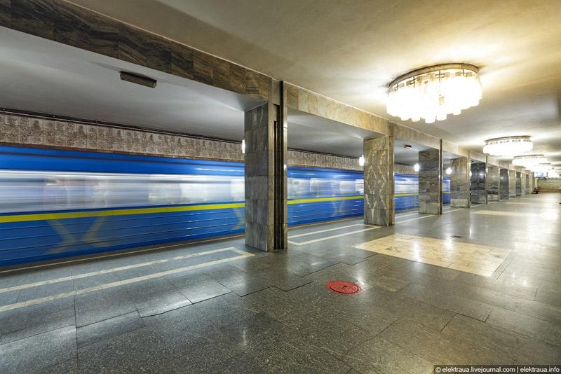 Фотографии киевского метрополитена. Фото Олег Стельмах