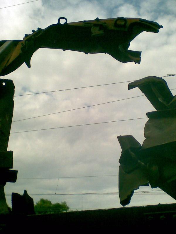 Авария в Очеретено 4 дня спустя. Фотофакт.
