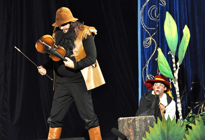 Детский спектакль «Кот в сапогах». Красноармейск