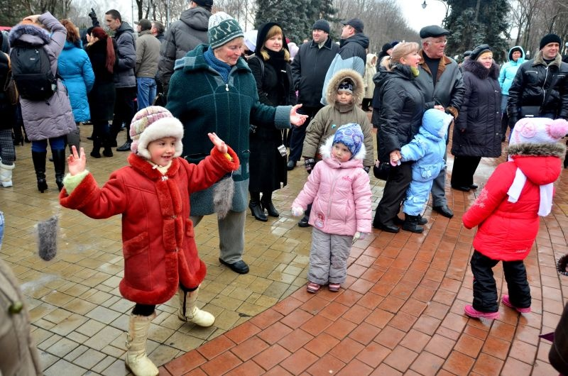 Масленица в Донецке, 100 дней до ЕВРО