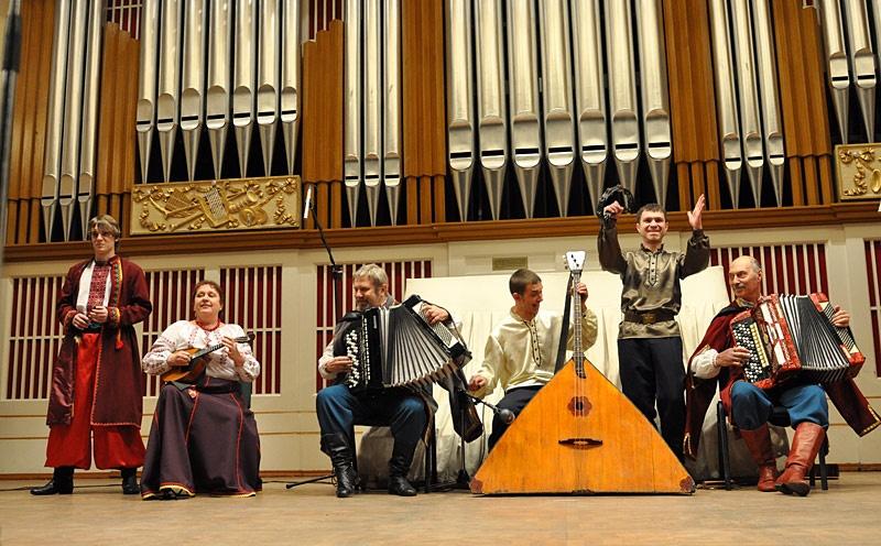Отчетный концерт народного фольклорного ансамбля «Озорные наигрыши»