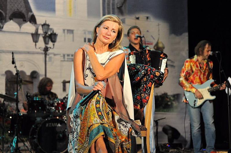 концерт Вики Цыгановой в Красноармейске