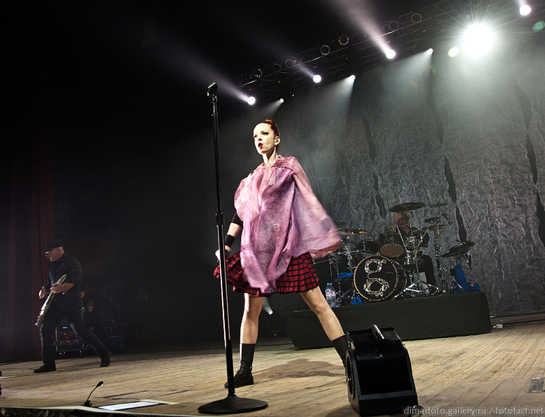 Garbage Live in Kiev