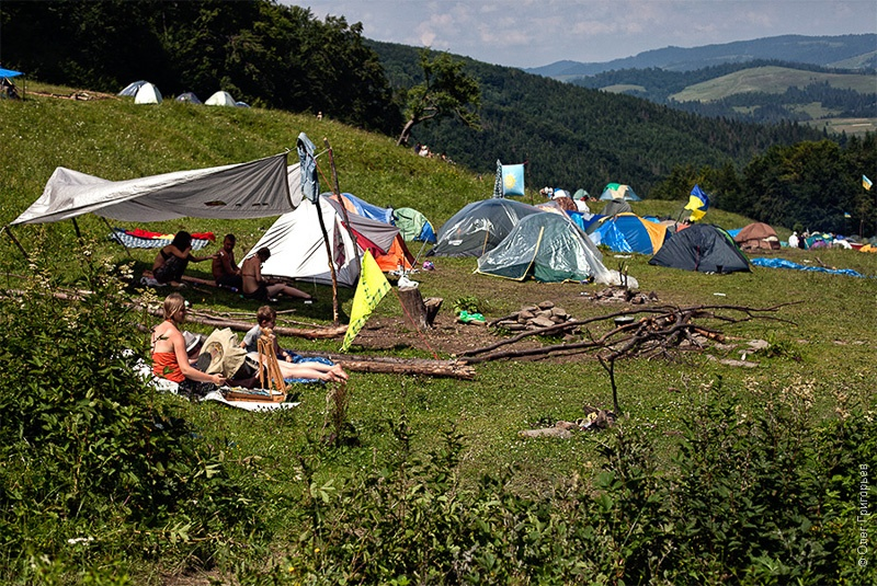 лагерь хиппи на шипоте