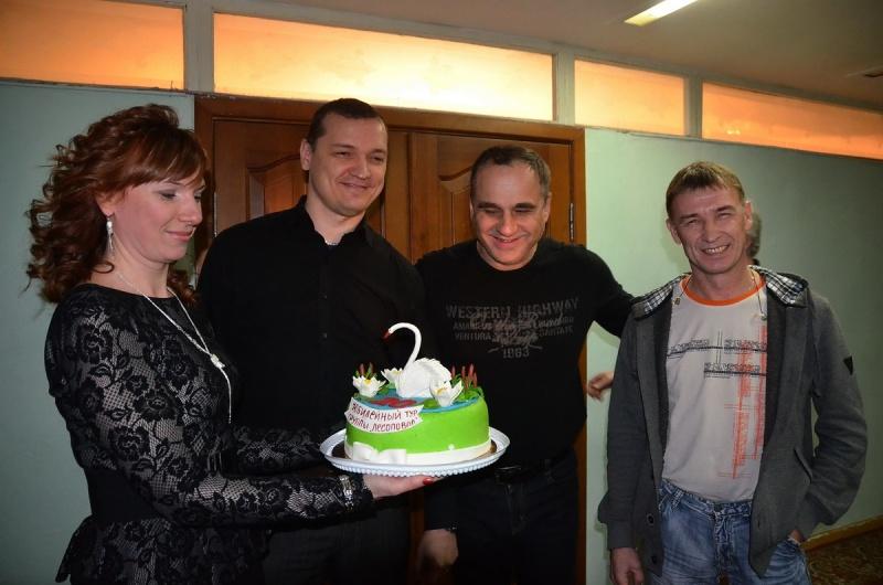 торт от поклонников Лесоповала