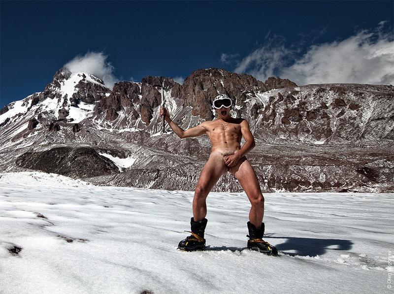 голый альпинист
