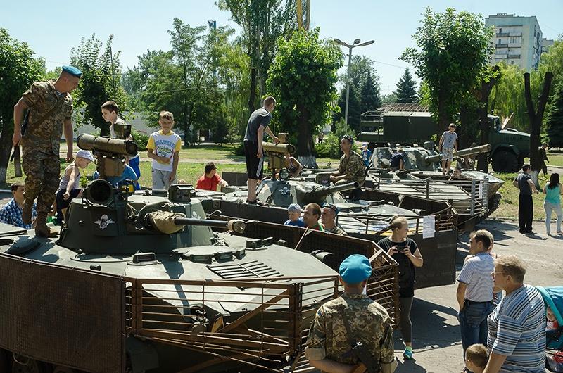 Выставка военной техники, Димитров