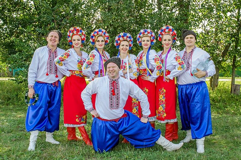 Сорочинская ярмарка театр народной песни Злата